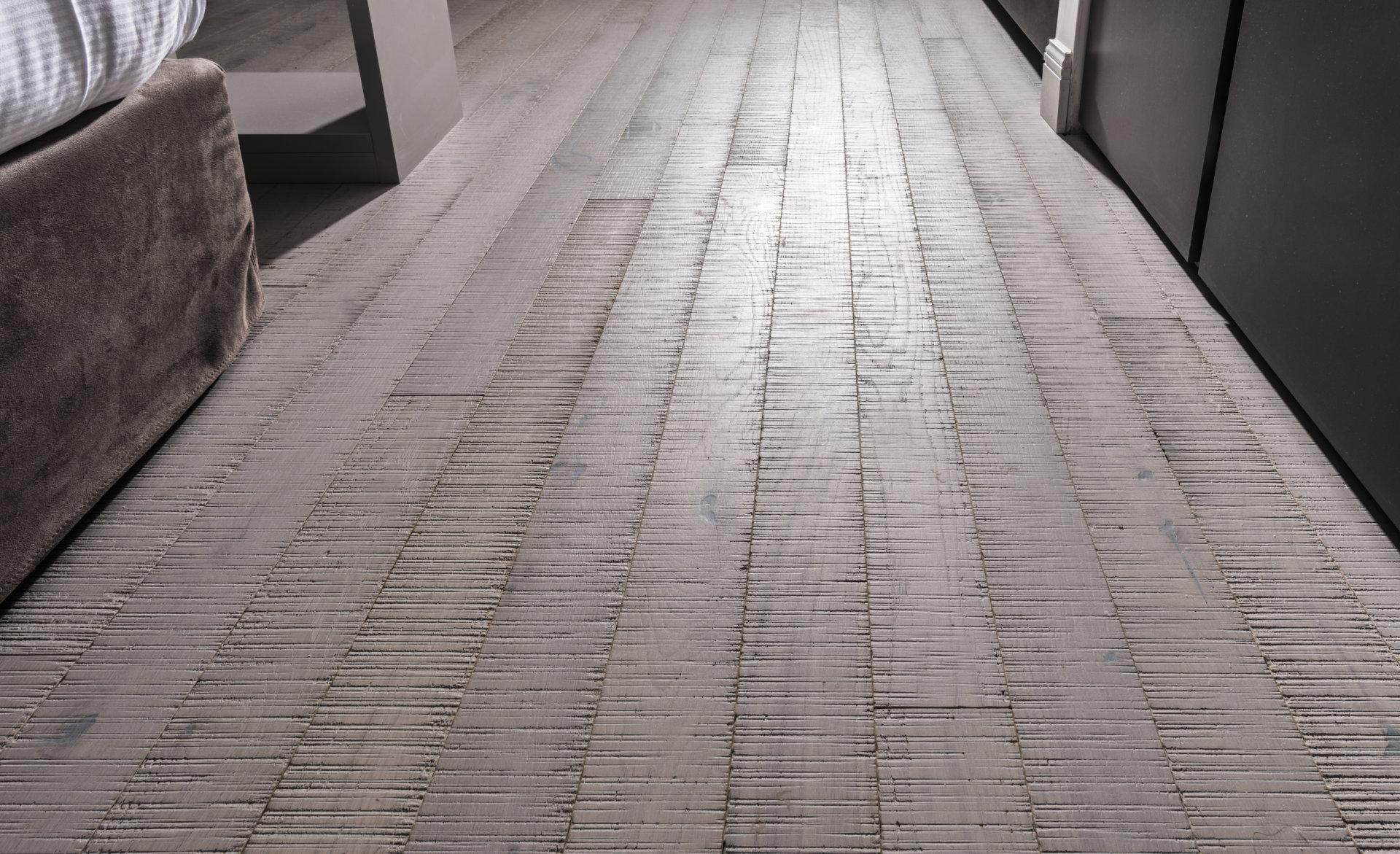 quanto si usura un pavimento in legno?